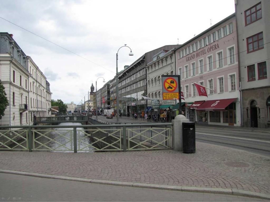 Brunnsparksbro 1