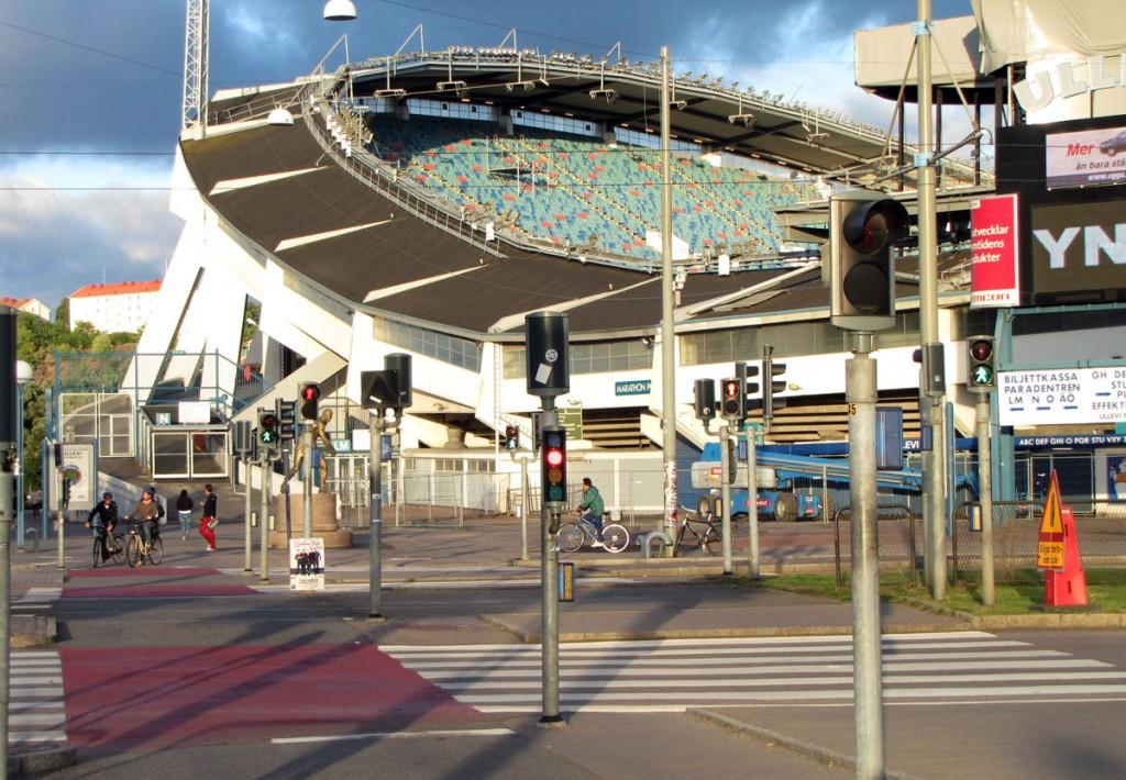 Trafikljusen för cyklister och gående vid Ullevi