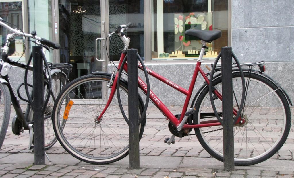 Egoistisk cykelparkering vid Östra Hamngatan