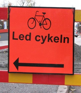 Orange J2-skylt Led cykeln