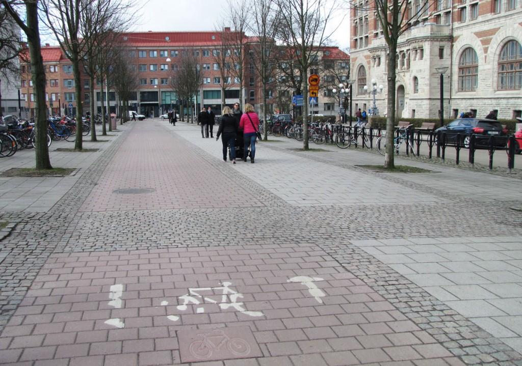 Vasagatans cykelbana vid Handels