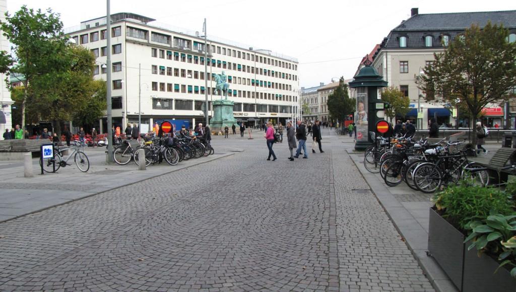 Kungstorget före dubbelriktning för cyklister