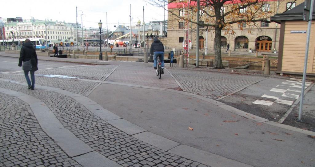 Centralen runt, via Slussgatan