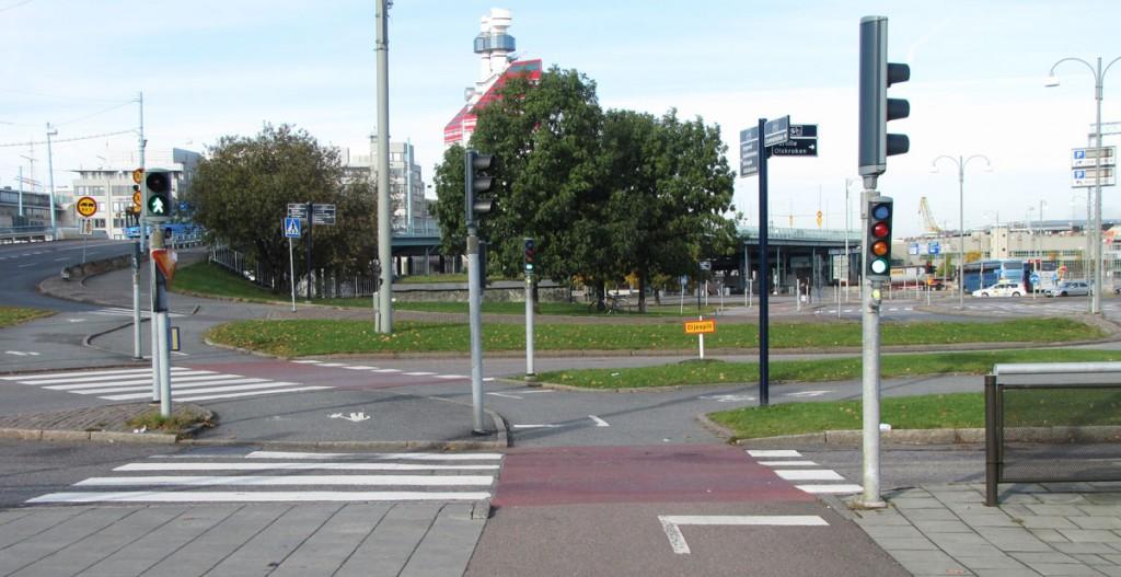 Centralen runt, längs västra sidan