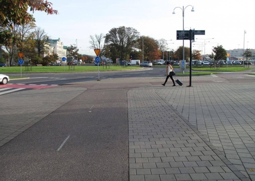 Centralen runt, Cykelbanans breddning fortsätter