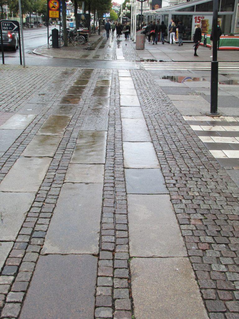 Avenyn-Vasagatans östra gc-kors