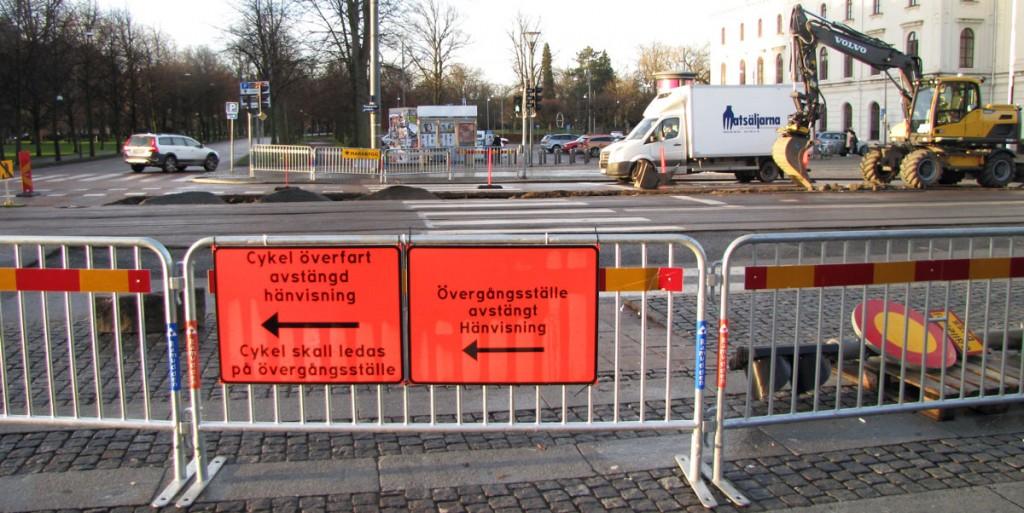 Märklig skylt om cykelöverfart