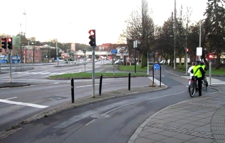 Örgrytevägens cykelbana med plats för omkörning