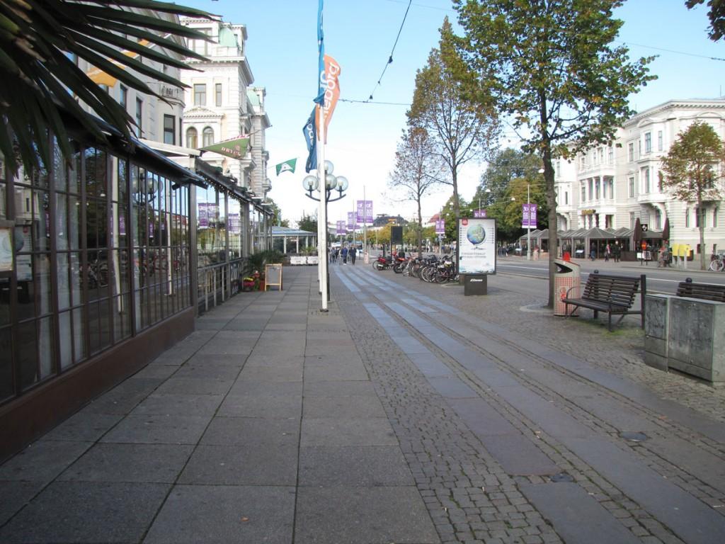 Avenyn innan paviljonger