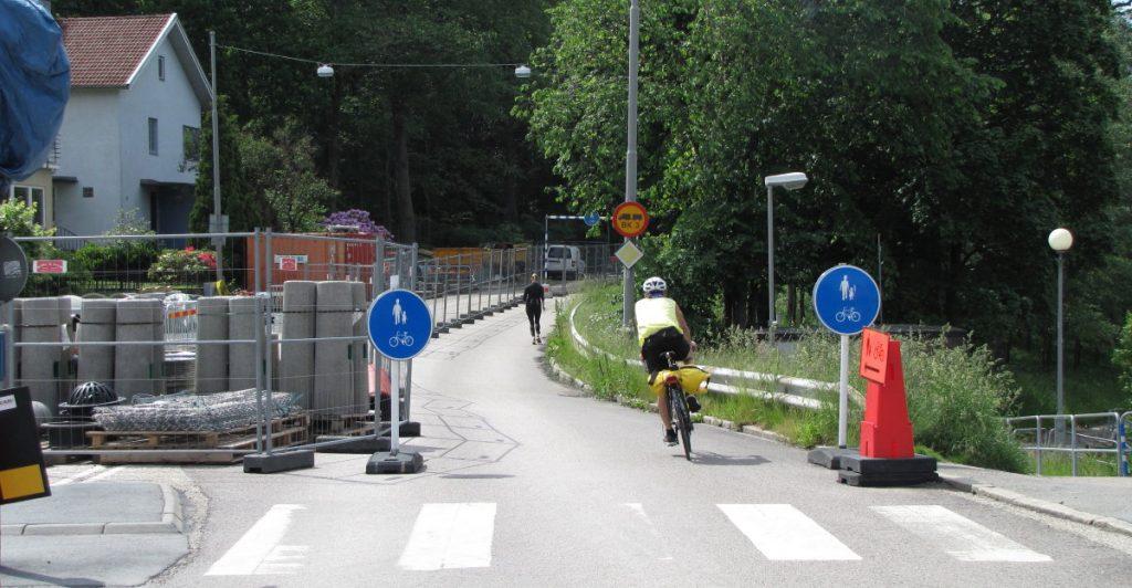 Cykelbart trots uppgrävd Delsjöväg