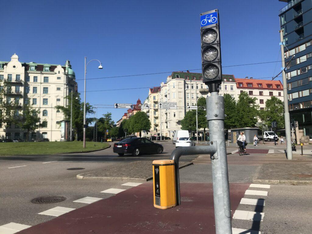 Avstängd trafiksignal på Skånegatan
