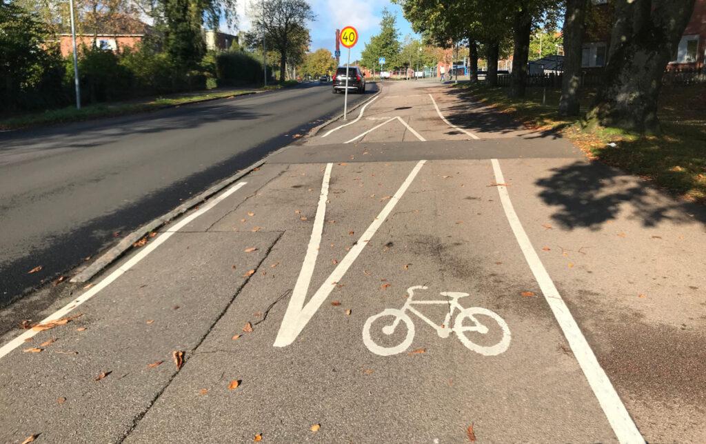 Tillfälligt särade cykelbanor