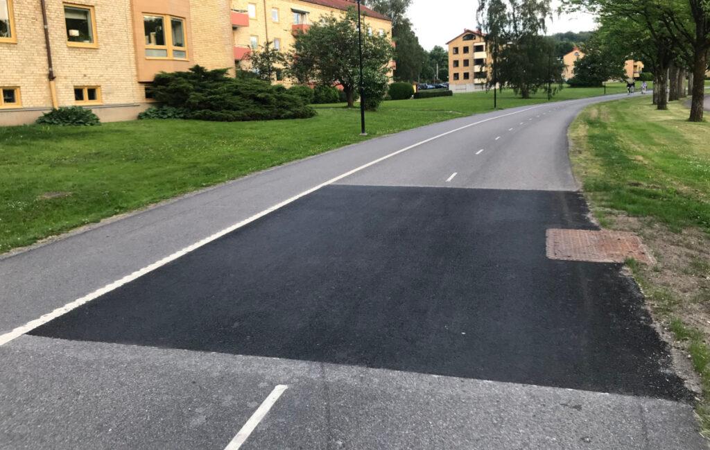 Slät lagning på Delsjövägens pendlingscykelbana